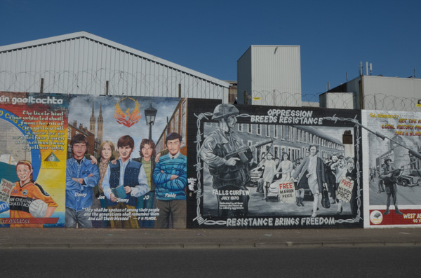 Republican Peace Wall and Murals - Belfast