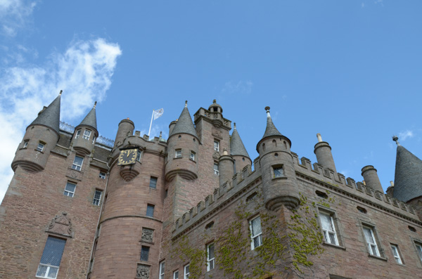Glamis Castle Entry